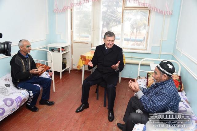 Shavkat Mirziyoyev visited patients