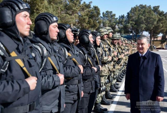 President Shavkat Mirziyoyev met with military personnel