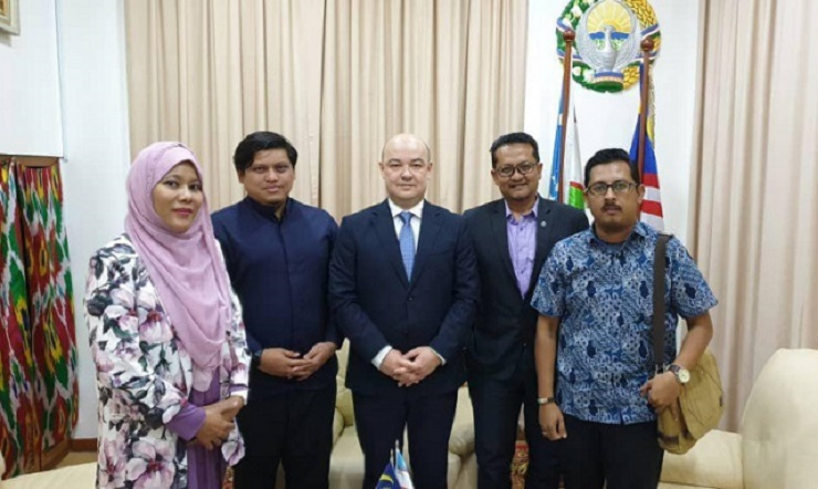MEETING WITH THE LEADERSHIP OF MALAYSIAN MEDIA CORPORATION