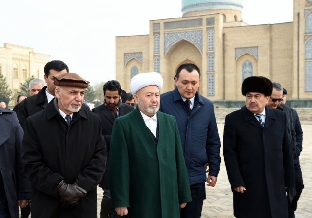 President of Afghanistan visited the Khazrati Imam complex