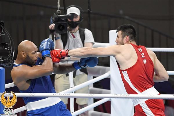Boxer Bakhodir Jalolov advances to the final